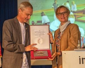 Jörn Esemann zusamen mit Gerlinde Reeker, stellvertr. Vorsitzende des VTF